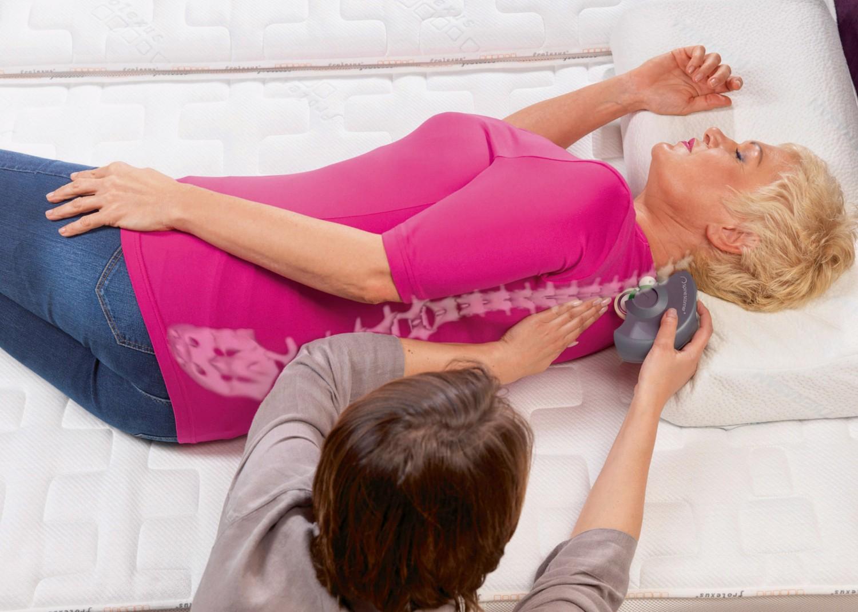 besser schlafen wirbelscanner hilft beim optimieren von lattenrost und matratze bild 1. Black Bedroom Furniture Sets. Home Design Ideas