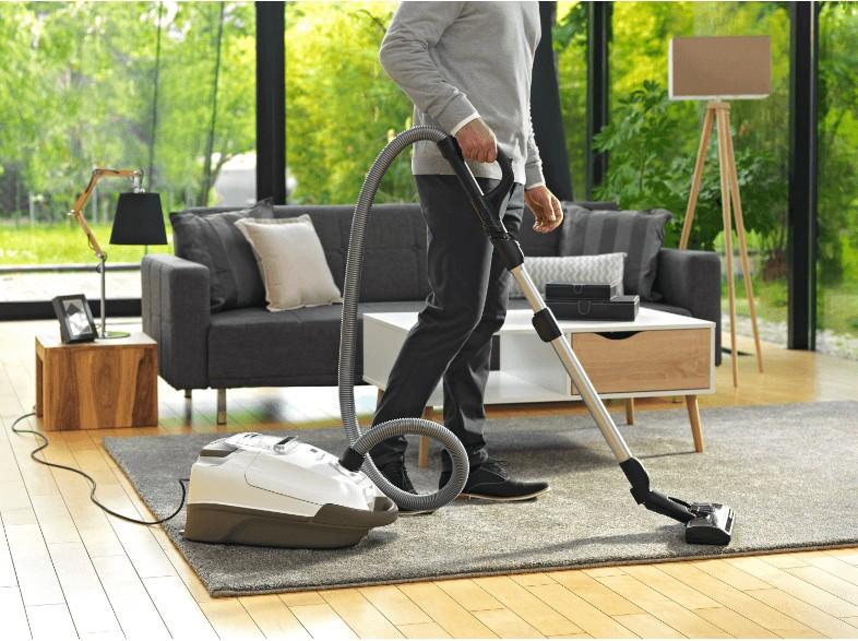 leise und staubfrei rowenta staubsauger mit partikelfilter elektronisches bedienpanel. Black Bedroom Furniture Sets. Home Design Ideas