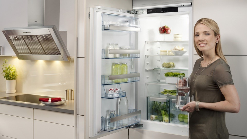 Aeg Kühlschrank Macht Komische Geräusche : Wenns gluckert und brummt: leise hausgeräte schonen die nerven