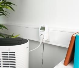 pearl-haussteuerung-die-raumtemperatur-per-stimme-oder-app-steuern-wlan-steckdosen-thermostat-von-revolt-15789.jpg