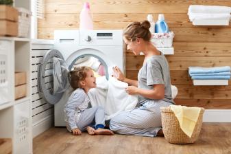 produktvorstellung-reinigungsprodukte-fuer-eine-saubere-waschmaschine-und-frische-waesche-16913.jpg