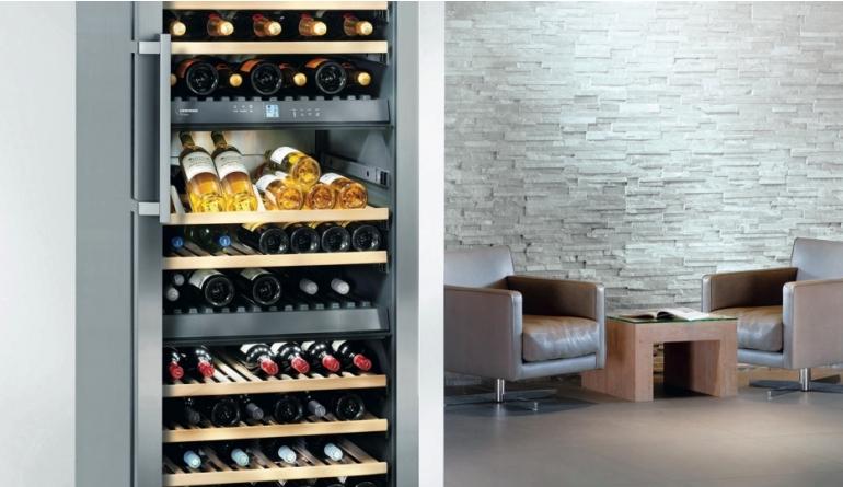 Haushaltsgroßgeräte Wichtig für die Kaufentscheidung: Bei Weinkühlschränken auf das Energielabel achten - News, Bild 1