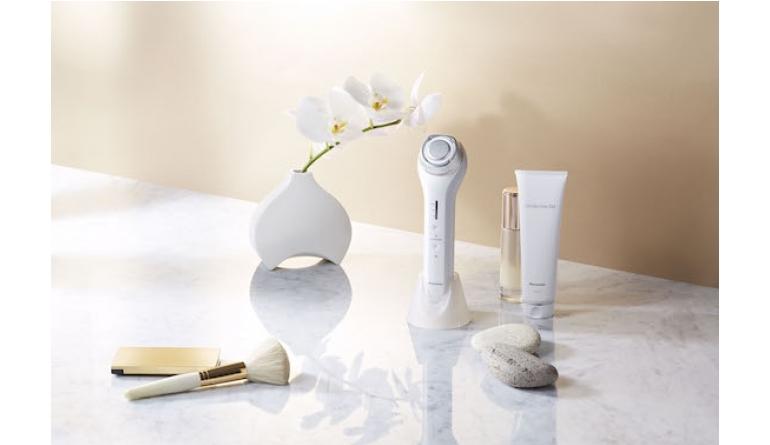 Körperpflege Eine Million Ultraschall-Mikrovibrationen pro Sekunde: Neue Hautpflege von Panasonic - News, Bild 1