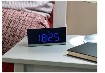 Sonstiges Haustechnik infactory dimmbare Funk-LED-Tischuhr im Test, Bild 1